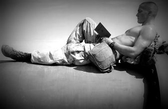 soldierreading